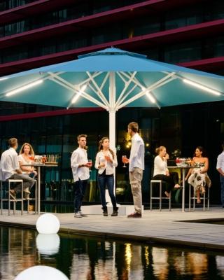 mobilier coulomb vente et location de parasols de terrasse professionnel restaurant bar. Black Bedroom Furniture Sets. Home Design Ideas